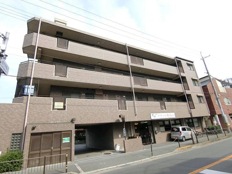 アーズ更紗 上野東 2LDK/2階の外観