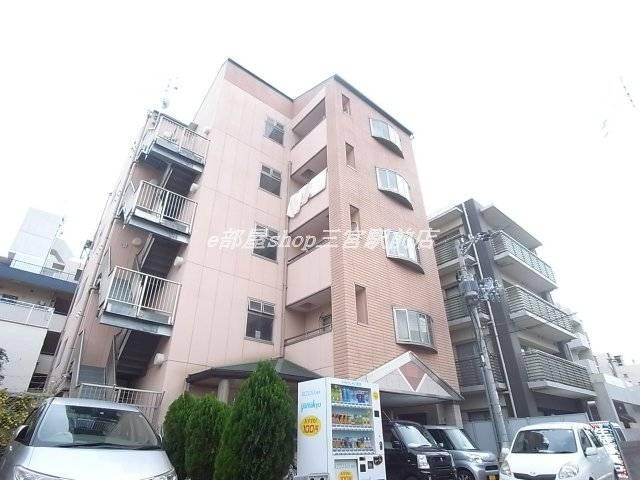 ヴィラ神戸3 1K/4階の外観 外観は落ち着いています