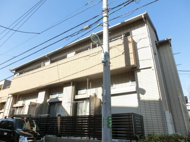 Alice 1LDK/1階の外観 ★2011年築★ 池袋駅・渋谷へダイレクトアクセス可能♪