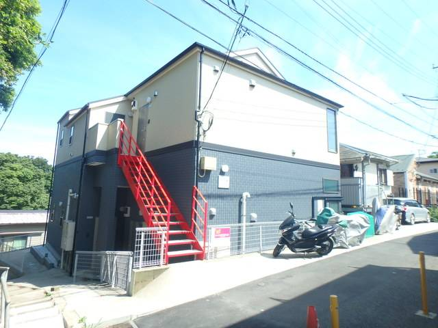 Beams山手 1DK/1階の外観 2014年12月完成!閑静な住宅街に立地しています!