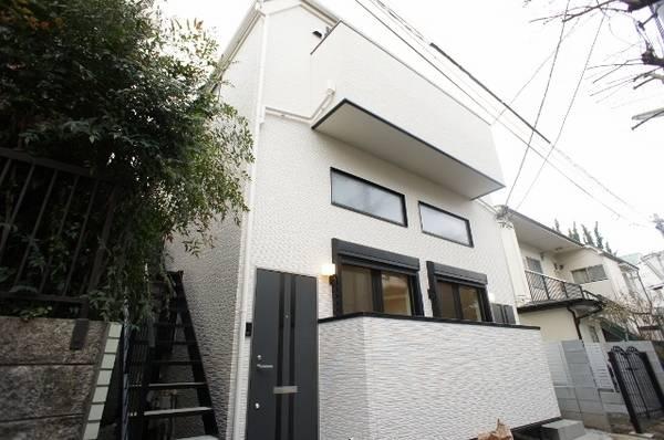 エーレ下北沢 1R/2階の外観