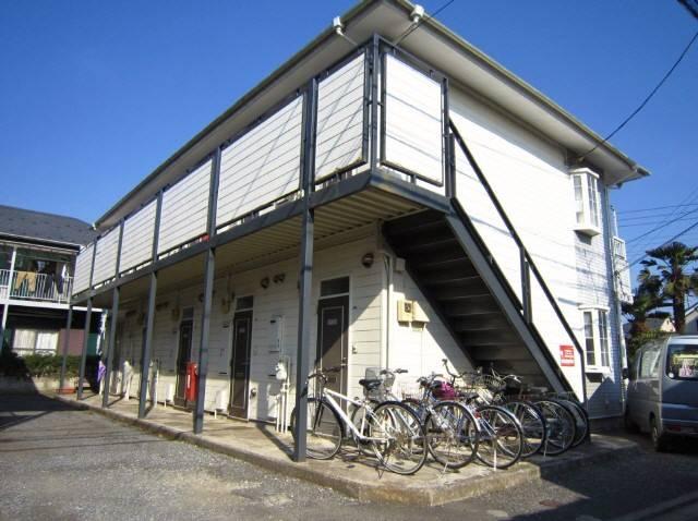 小田急線喜多見駅より徒歩12分 1K/2階の外観
