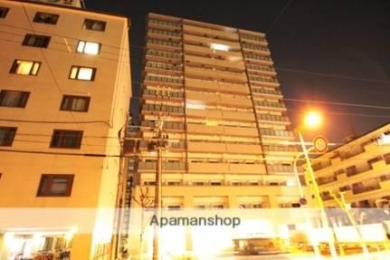 レジディア新大阪 1R/5階の外観